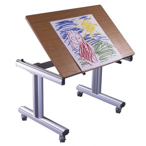 SKM Easywind Table