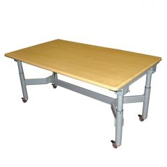SKM Easywind Four Leg Group Table