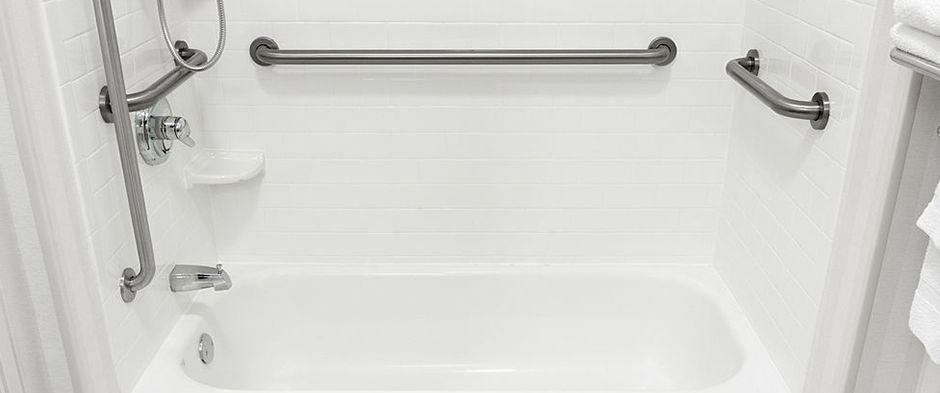 Choosing Practical Disability Aids for Balance in the Bathroom