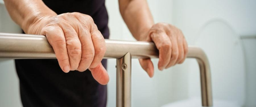 Things You Should Know about Grab Bars and Handles